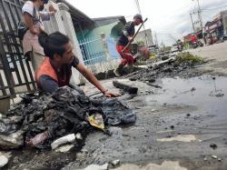 Pembersihan Drainase, Puluhan Ton Sampah Rumah Tangga Diangkut