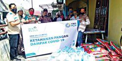 YBM PLN UIP Sumbagteng Serahkan Sembako