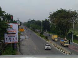 Diselimuti Kabut Tipis, Jarak Pandang 2 Km
