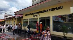 Bangunan SPKT Polresta Pekanbaru Terbakar