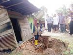 Jalan Sumbar-Riau yang Retak Mulai Ditangani