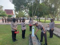 Polres Bengkalis Tabur Bunga di TMP Kusuma Kesatria