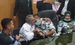 Kasus Anak Gugat Ayah di Bandung Berakhir Damai, Begini Ceritanya