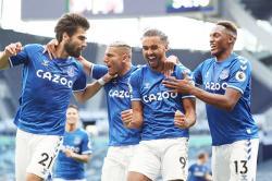 Di Kandang Sendiri, Tottenham Dipermalukan Everton