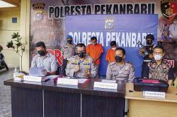 Pembuat Surat Hasil Swab Palsu Diringkus di Bandara SSK II