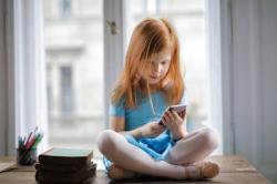 Fitur Baru Google Assistant, Kini Anak Bisa Melacak Orang Tua