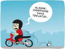 Handphone Terjatuh