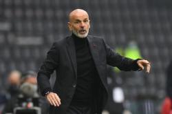 Tercecer dari Inter, Milan Kini Enggan Patok Target Juara