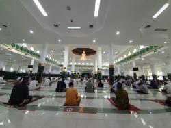 Salat Id di Masjid Raya Annur Terapkan Protokol Kesehatan