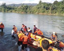 Kakak Adik Asal Dumai Tenggelam di Batang Anai