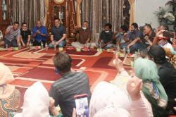Masyarakat Dharmasraya Antusias Sambut Mulyadi