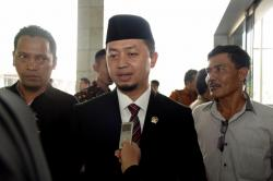 Politisi PKS: Presiden, Sudahilah Jangan Pencintraan Bantuan Lagi