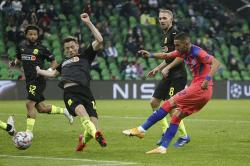 Tak Lakukan Gerakan Berlutut, Beberapa Pemain Krasnodar Dihujat