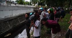 Mayat Tunawisma di Parit Jalan Sudirman Diduga Meninggal H-3 Lebaran