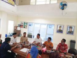 DPRD Padang-PWI Pokja Pekanbaru Diskusikan Pembinaan Pers