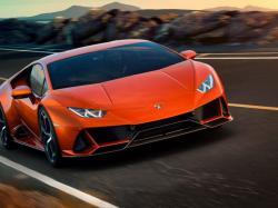 Pajak Lamborghini Bisa untuk Beli 4 Unit Toyota Agya