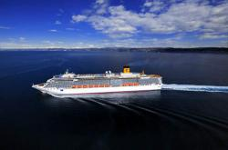 60 WNI Terperangkap di Kapal Pesiar Costa Luminosa