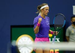 Azarenka Tantang Serena Williams di Semifinal