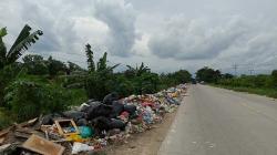 Tumpukan Sampah di Jalan Arengka II Dikeluhkan Warga