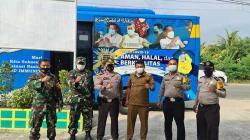 Camat Rumbai Timur Tinjau Vaksinasi Massal