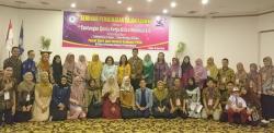 STIKes Payung Negeri Taja Seminar Pembekalan Calon Alumni