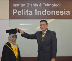 Institut Bisnis dan Teknologi Pelita Indonesia Tingkatkan Kualitas Dosen