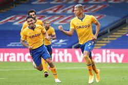 Kalahkan Palace, Everton Pimpin Klasemen Sementara
