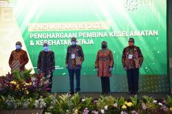 Riau Kembali Terima Penghargaan K3, Wagubri: Motivasi Agar Lebih Baik