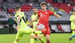 """Muller Sebut Pemain-Pemain Atletico Madrid """"Preman Eropa"""""""