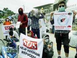 Imigran Asal Afganistan Unjuk Rasa