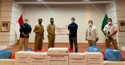 SKK Migas-PHE Siak Serahkan Bantuan Masker Kain Kepada Pemprov Riau