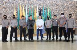 Beri Tali Asih 947 Pegawai DPD RI, La Nyalla Apresiasi Kinerja Kesekjenan