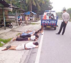 Balap Liar Sehabis Subuh Dibubarkan Polisi