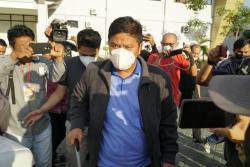 Dibawa KPK ke Jakarta, Bupati Kuansing: Mohon Doanya Ya