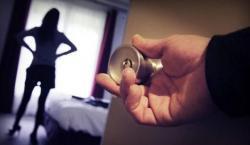 Belasan Remaja PSK Online Bertarif Rp700 Ribu Ditangkap