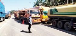 Tim Gabungan Gelar Razia Odol di Jalintas Sumatera