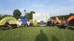 Srikandi Pendaki dan Warga Bincang Lingkungan di Tepi Sungai Subayang
