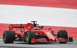 Vettel Sebut Ferrari Tak Pernah Tawarkan Perpanjangan Kontrak