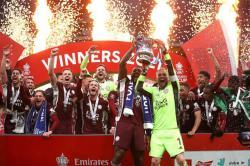 BREAKINGNEWS: Depak Chelsea, Leicester Juara!