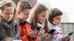 Pandemi Covid-19 Buat Anak-anak Makin Akrab dengan Internet