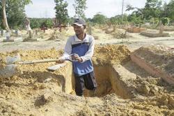 Pemprov Riau Siapkan Lahan Pemakaman Baru untuk Korban Covid-19