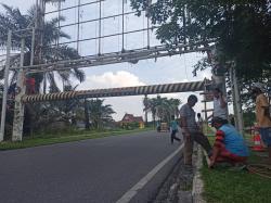 Portal di Jembatan Leighton Nyaris Tumbang Sudah Diperbaiki