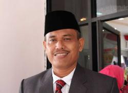 Sudah Satu Tahun Mengundurkan Diri Sebagai Ketua DPRD Inhu, DPD Partai Golkar Tak Juga Berikan Restu