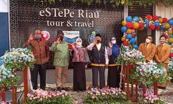 Resmikan Peluncuran eSTePe Riau Tour & Travel