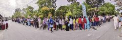 Daftarkan Anak, Wali Murid Sudah Antre sejak Subuh