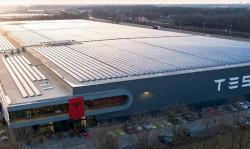 Tesla Tutup Pabriknya Sementara