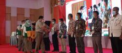 Kementerian ATR/BPN Serahkan 1.000 Sertifikat untuk Masyarakat Inhu