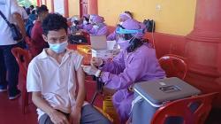Ratusan Warga Rumbai Ikuti Vaksinasi di Kwan Tee Kong Bio