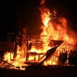 Disambar Petir, Rumah Warga Sungai Jering Terbakar