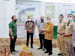 Letakkan Batu Pertama, Gubernur Apresiasi GAPKI Riau
